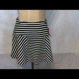 NWT candies striped mini skirt size 1 brand new